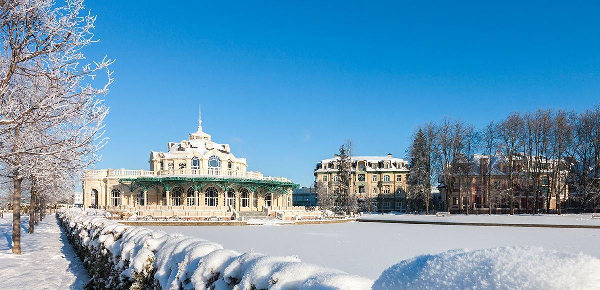 Ресторан поселка Довиль, зима