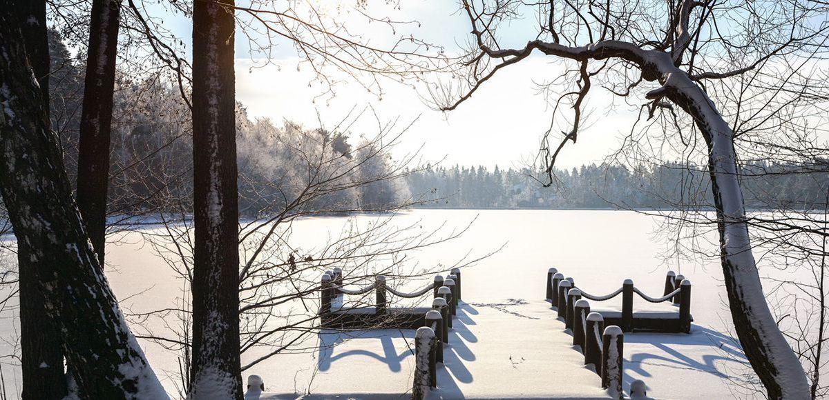 Пристань зимой в поселке Довиль