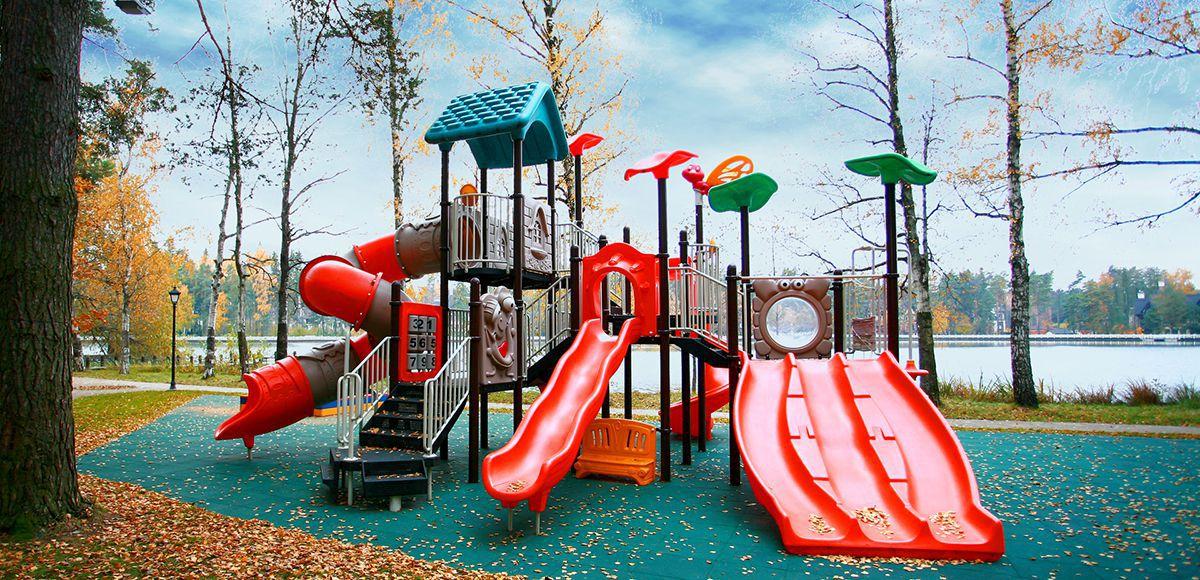 Детская площадка №1 в поселке Довиль